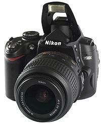 200px-Nikon_D5000